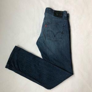 Men's Levi's 511 skinny jeans.